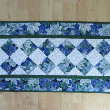 Quilted Table Runner - Blue Poinsettia 533