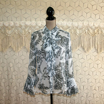 Romantic Sheer Chiffon Blouse Bohemian Shirt Poet Ruffle Boho Top Long Sleeve Button Up Gray White Paisley Print Cabi Medium Womens Clothing