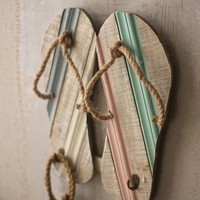 Wooden Flip Flops Wall Piece With Hooks