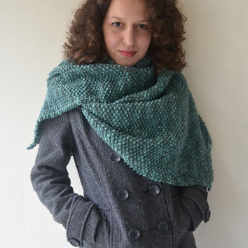 FREE SHIPPING Knit Scarf in green,Handmade Scarf,Winter Scarf,Warm Scarf,Wool Scarf,Knit Shawl,Wool Shawl,Knit Women Accessories,Knit Gifts