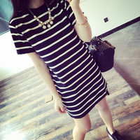 Long Side Slit Short-Sleeved Striped T-Shirt