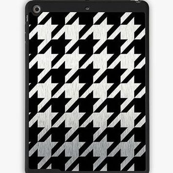 Classic Houndstooth Ipad Air Case