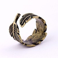 Vintage Men's leaf ring  from http://www.looback.com/