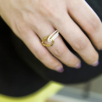hi fashion contemporary ring