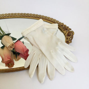 Bridal Gloves, Mid Century Sheer Cream Color with Pleated Wrist, Sheer Gloves, Wedding Gloves Vintage Wedding Easter Gloves Evening Gloves,