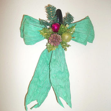 "Glitzy Christmas Floral Bow Door / Wall / WindowTree Topper / Home Decoration/ Dorm Room / Office, Class Room Decor 12"" x 10"""