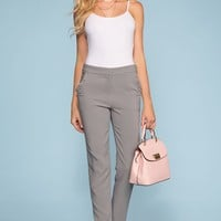London Pocket Ruffle Pants - Gray