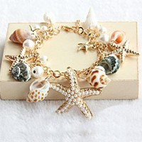 Beach Holiday Bracelet  by Hallomall on Zibbet
