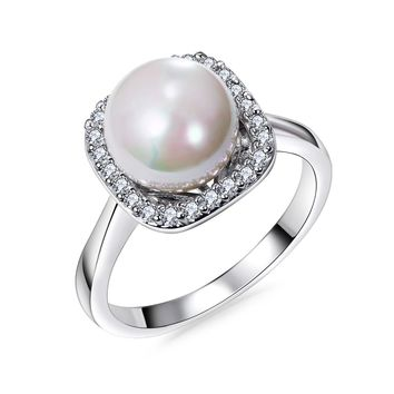 Gorgeous Engagement Ring for a Love One from SheShopper.com