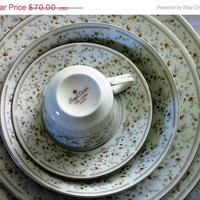 20% OFF SUMMER SALE Royal Crown (Japan) Fine China Set with 33 Pieces
