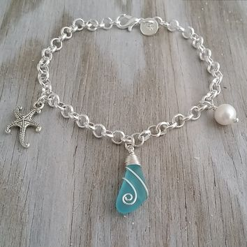 Handmade in Hawaii, wire wrapped blue sea glass chain bracelet, Starfish charm, Freshwater pearl, Hawaiian jewelry