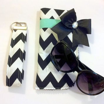 Black and White Chevron Sunglasses Case and Key Fob Set