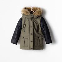 Removable fur mixed fabric parka