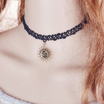 Vintage Sun Moon Choker Necklace