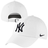 Nike New York Yankees Ladies Stadium 3.0 Dri-FIT Adjustable Hat - White