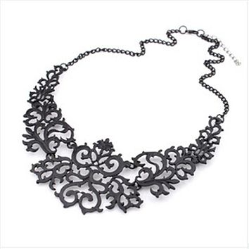 Ahmed Jewelry For Women Gift 3 Colors Hollow Flower Alloy Vintage Gold Plated Short Choker Statement Necklaces & Pendants