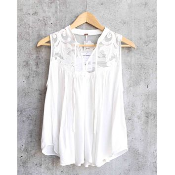 Free People - Western Romance Mesh Applique Top in Ivory