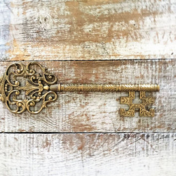 Key Wall Hanging Mid Century Brass Key Large Brass Skeleton Key Wall Hanging Brass Key Hollywood Regency Decor Mid Century Wall Art