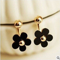 2 pairs/set(white/black ) Fashion Fine Jewelry Cute Daisy Petals Gilded Elegance Neckband Stud Earrings For Women = 1669156868