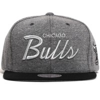 Chicago Bulls Fleece Clear Script Snapback Hat Grey / Black