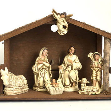 Vintage Composite Nativity Set, Wood Stable Manger Scene Plaster Figures, Creche Christmas Decorations, made in Japan