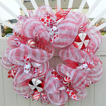 Christmas Wreath - Candy Cane Red White Peppermint Polar Bear Deco Mesh Christmas Wreath - Holiday Wreath Xmas - Christmas Decor
