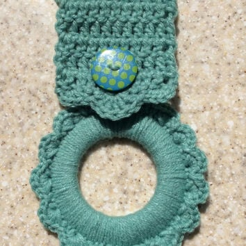 Kitchen towel hanger, towel holder, sea foam green, hand crochet, party favor, shower gift, house warming gift, handmade, Mother's Day gift,