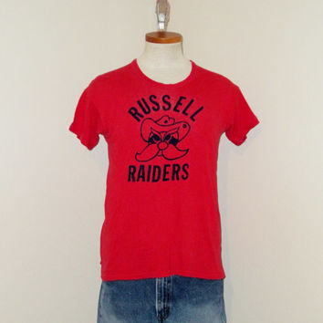 Vintage Super Rare 50s FLOCKED GRAPHIC Russell Raiders Yosemite Sam Red Medium Soft Distressed Athletic Sports T-SHIRT