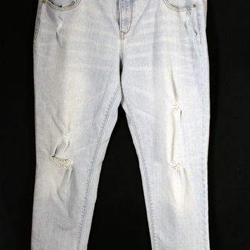 Old Navy Distressed Boyfriend Jeans Size 14