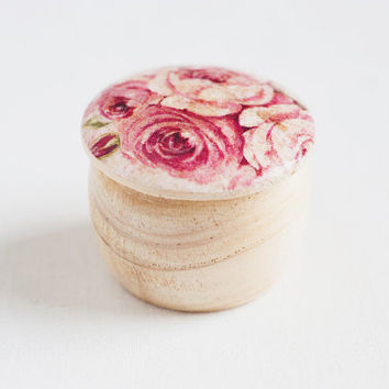 "Tiny vintage style wooden box ""Vintage Rose"" - Wedding box, ring bearer box, jewelry box, pink roses, natural, ecofriendly"