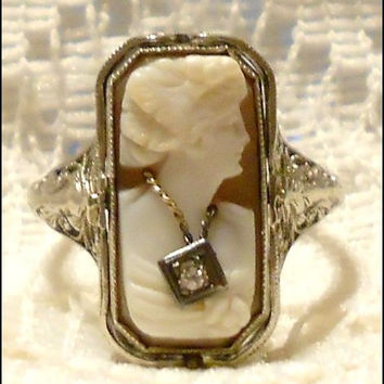 Vintage 14 KT White Gold Art Deco Shell Cameo and Black Onyx with Diamonds Ring Size 8 1/2