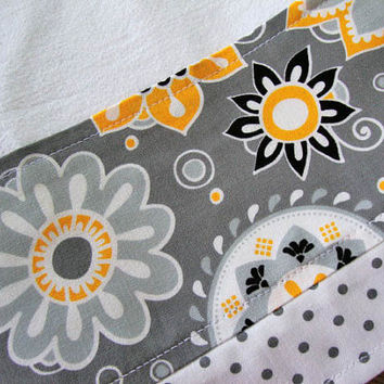 Flour Sack Towel - Kitchen Towel - Lint Free Tea Towels - Fabric Trimmed Towel - Grey and Yellow Kitchen Towel