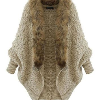 VONEHL5 Beige Rabbit Fur Collar Knit Long Sleeve Sweater