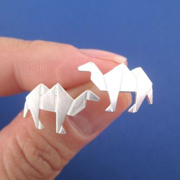 Origami Camel Shaped Allergy Free Stud Earrings in Silver