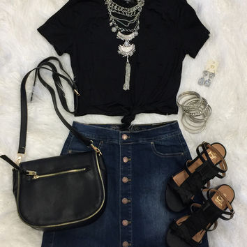 Distressed Crop Knot Top: Black