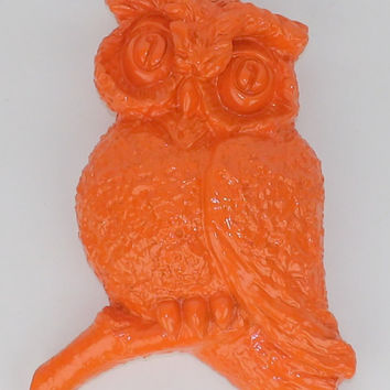 Owl Decor Statue Figurine Mid Century Modern Orange Wall Hanging Universal Statuary 1967 Corp Chicago Home Decor Hollywood Regency Animal