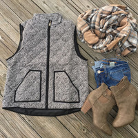 Autumn&Winter Women Cotton Textured Herringbone Quilted Puffer Vest with Gold Zipper +Free Gift -Random Necklace