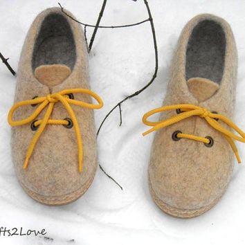 Outdoor wet felted shoes with rubber soles.Felted wool shoes in oatmeal beige yellow.Organic eco fashion women shoes. Woolen shoes. Size 7.5