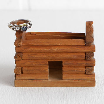 Vintage Wooden Log Cabin Ring Dish, Country Barn Rustic Wedding Ring Holder Box or Ring Bearer Box