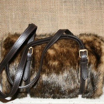 Faux Fur Purse Winter Purse Grunge Purse Hippie Purse Edgy Purse Boho Purse Zipper Purse Unique Purse Barrel Purse Vegan Fur Bags and Purses