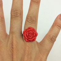 Rose jewelry / rose ring / resin jewelry / red jewelry / alternative jewelry / flower jewelry / adjustable / large ring / fashion jewelry