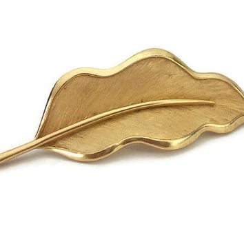 Crown Trifari Leaf Brooch Gold Tone Wavy Leaf Pin - Vintage Crown Trifari Jewelry - Brushed Gold Texture