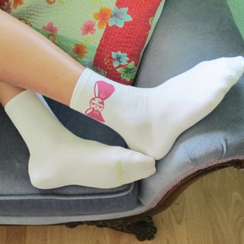 Sorority Bow Monogram Socks - Phi Mu Shown - 24 More Sororities Avaiable - White Cotton Custom Printed Anklets - Big Little Gift Idea