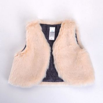 Hot Selling Fashion Boutique Fur Vest Baby Girls Fashion Faux Fur Gray Girls Vest Waistcoats Baby Clothing Children Vest Winter