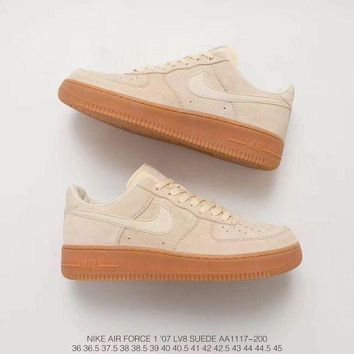 DCC3W NIKE AIR FORCE 1'07 LV8 SUEDE AA1117-200