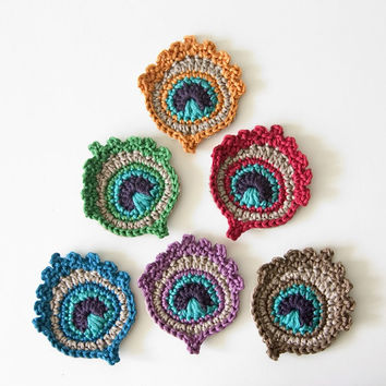 Small Crochet Peacock Feather Applique / Motif - FREE GARLAND ASSEMBLY