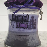 HAUNTED HOUSE scented candle
