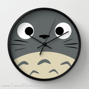 Curiously Totoro Wall Clock in Natural Wood Black or White Frames Anime Medium Manga Troll Hayao Miyazaki Studio Ghibli Gift Home Decorative