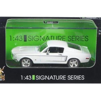 1968 Ford Mustang GT White Signature Series 1-43 Diecast Car by Road Signature