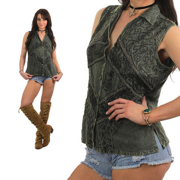 Embroidered top Aztec blouse green 1970s Bohemian Hippie sleeveless vest button up Ethnic tribal tunic Medium
